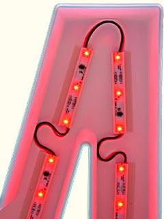 Использование светодиодных кластеров для подсветки объемной буквы